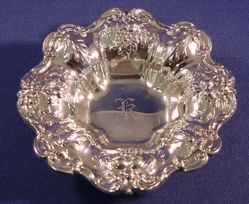 FRANCIS I- REED & BARTON STERLING NUT CUP X569-1950