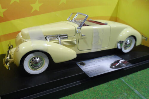 CORD  812 Convertible jne cabriolet 1937 1/18 AMERICAN MUSCLE ERTL 32159 voiture