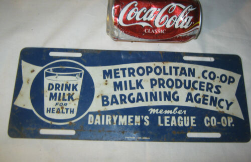 ANTIQUE DAIRY MENS LEAGUE CO-OP TIN DRINK MILK ART SIGN LICENSE PLATE TOPPER USA