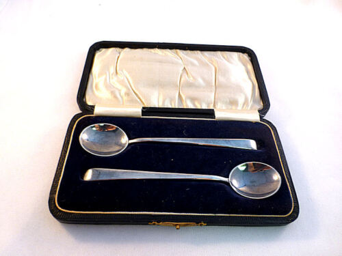 """English 1925 Birmingham Sterling Boxed Set of 2 Spoons-5 1/8"""""""