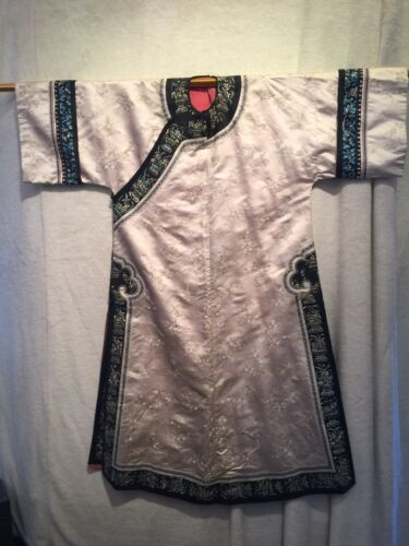 Antique Chinese Qing Dynasty Ivory Blue Silk Robe
