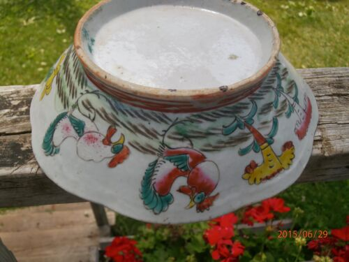 """Antique 19th c Chinese Famille Rose Bowl 8"""" Chickens Footed Scalloped Rooster"""