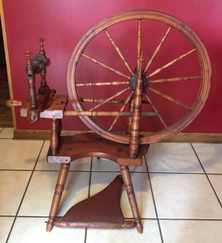 O. TRAGETON Antique Vintage Late 1800 Early 1900 Spinning Wheel VERY RARE!!!