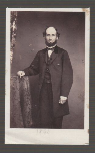 [37637] 1865 CDV PHOTO of MAN with BEARD (by DELONG & ROBIE'S PHOTOGRAPHER)