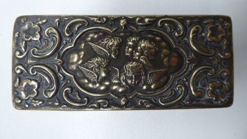 ANTIQUE EP SILVER PLATE EMBOSSED CHERUBS LID GLASS DRESSING TABLE DISH TRINKET