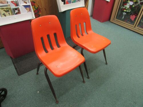 2 VINTAGE VIRCO bucket HARD PLASTIC CHAIR Mid Century retro orange
