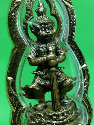 THAI BUDDHA AMULET THAO WESSUWAN KING OF GHOST POWER PROTECT TALISMAN PENDANT