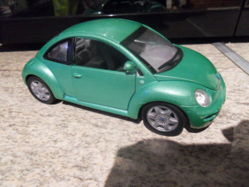 Vintage toys voiture auto WELLY 1/24 VW New Beetle green metalic