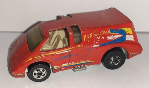 Voiture Miniature Hot Wheels Van rouge B-9 no Matchbox Majorette Corgi