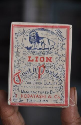 Vintage Lion Toothpowder Ad Litho Sealed Paper Box , Japan