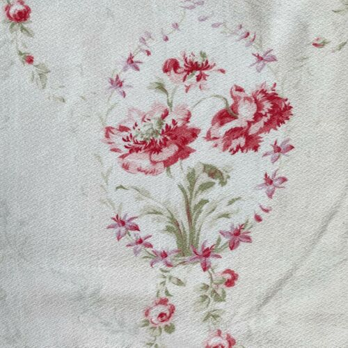 Shabby chic faded floral French fabric material 1900 for sewing projects !