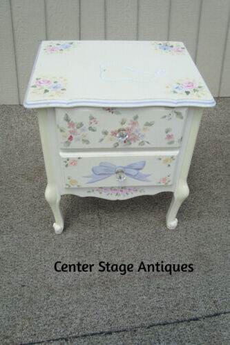 61095 Hand Painted Romantic Shabby Nightstand End Table Stand