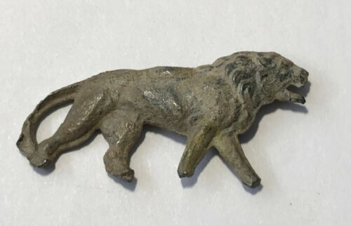 Late Byzantine to Medieval lead lion decoration