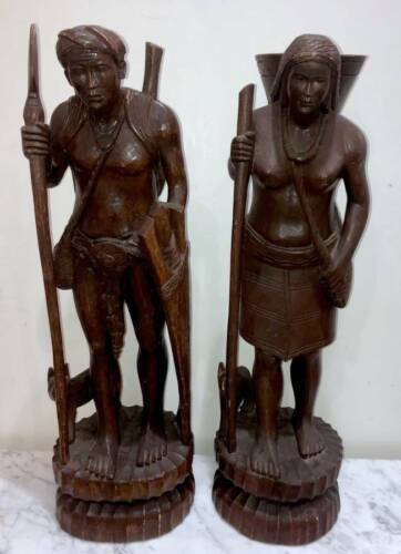 """PAIR OF ANTIQUE 29"""" TRIBAL SOUTHEAST ASIA WOOD STATUES OF PILGRIMS / NOMADS"""