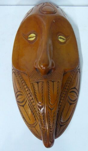 VINTAGE WOODEN HAND CARVED PNG SEPIK WALL MASK SPIRIT FIGURE HEAD COWRIE SHELL