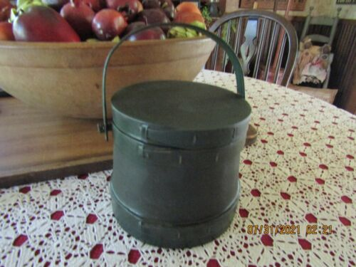 """VINTAGE 2ND TO TOP OF STACK GREEN FIRKIN - 6 1/4"""" TO TOP OF LID-3 BENTWOOD FINGE"""