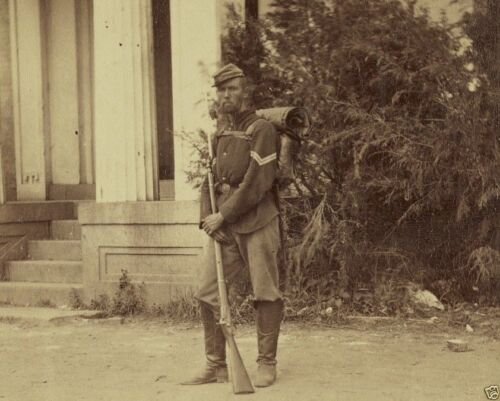 Federal 22nd New York soldier musket Harpers Ferry New 8x10 US Civil War PhotoPhotographs - 165591